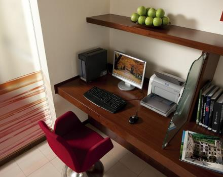 Best Western Titian Inn Venice Airport, 3-star hotel offers many amenities such as internet point, wi-fi