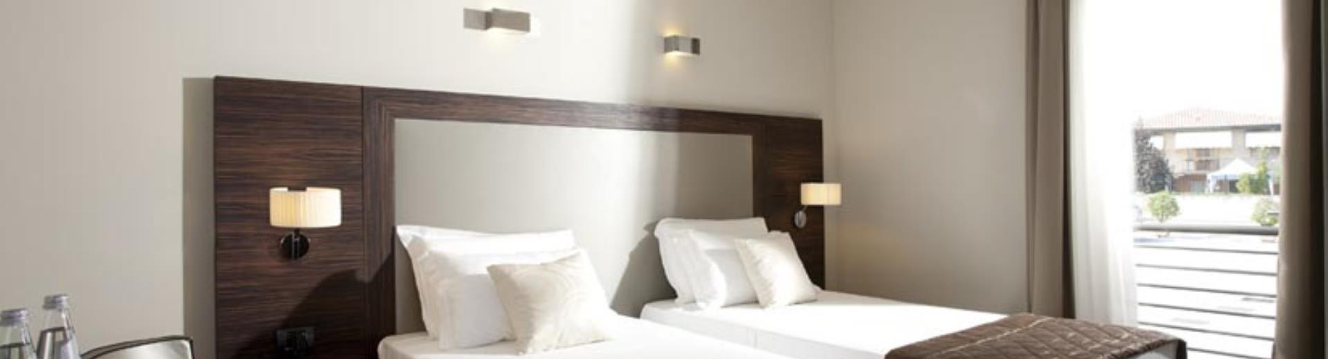 Visit Venice and stay at the Best Western Titian Inn Hotel Venice Airport